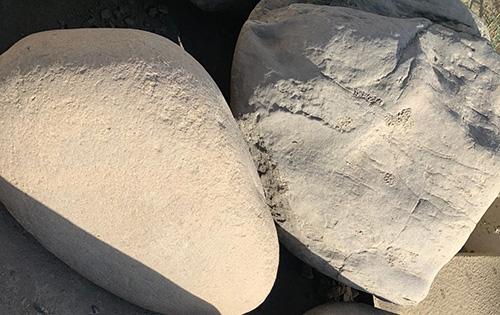 Mesa Buff Boulders